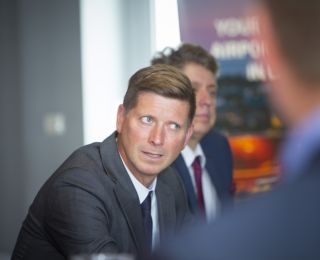 Satiksmes ministra vizīte Liepājas lidostā