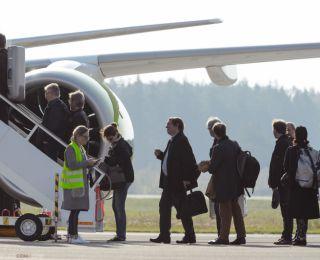 "Leipcigas ""Gewandhaus"" orķestris no Liepājas izlido ar Airbus A220-300"